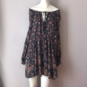 Free People Dresses - $128 Free People Boho Floral Tunic Dress